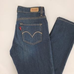 Levi's Mid Rise Skinny Jeans Dark Wash Size 6